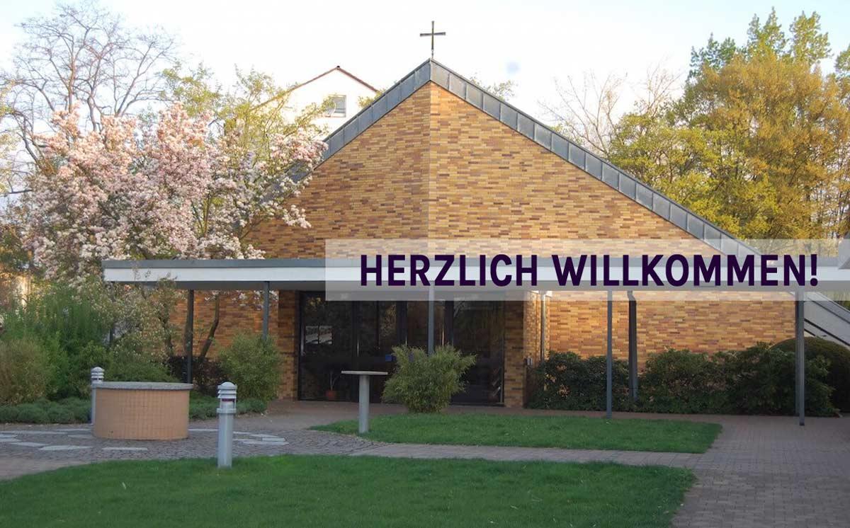 Herzlich Willkommen in der Lukasgemeinde Wiesbaden Außenansicht Kirche